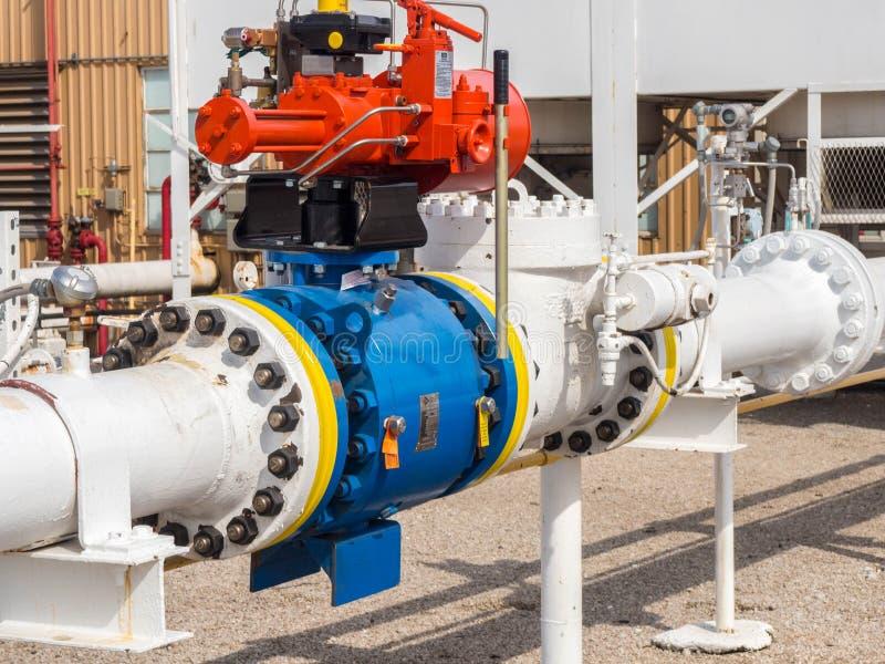 Βαλβίδα ελέγχου αναρρόφησης συμπιεστών φυσικού αερίου στοκ εικόνες