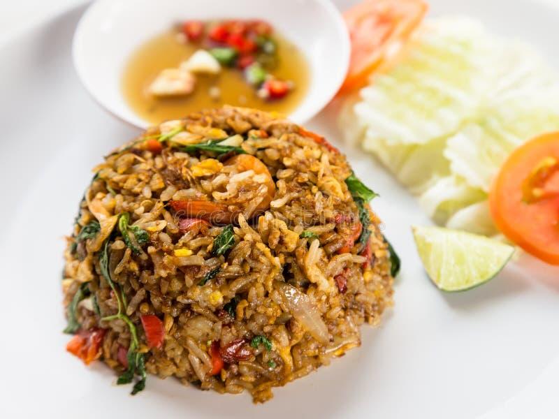 Βαλμένο φωτιά ρύζι με brawn το ταϊλανδικό ύφος σάλτσας στοκ εικόνες