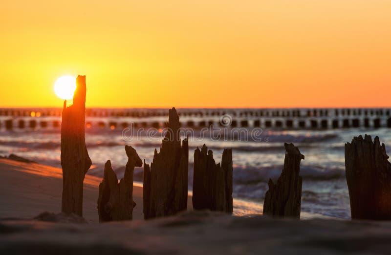 Βαλτική πέρα από το ηλιοβασίλεμα θάλασσας στοκ φωτογραφία με δικαίωμα ελεύθερης χρήσης