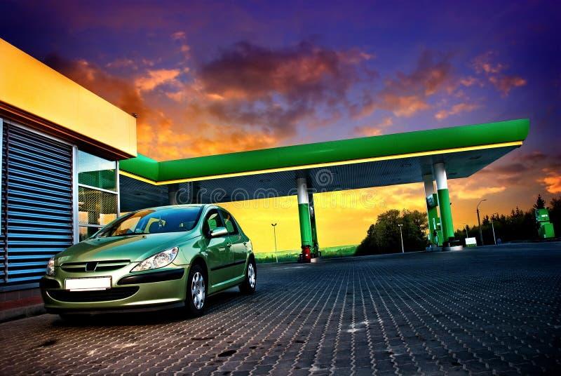 βενζινάδικο στοκ εικόνα με δικαίωμα ελεύθερης χρήσης