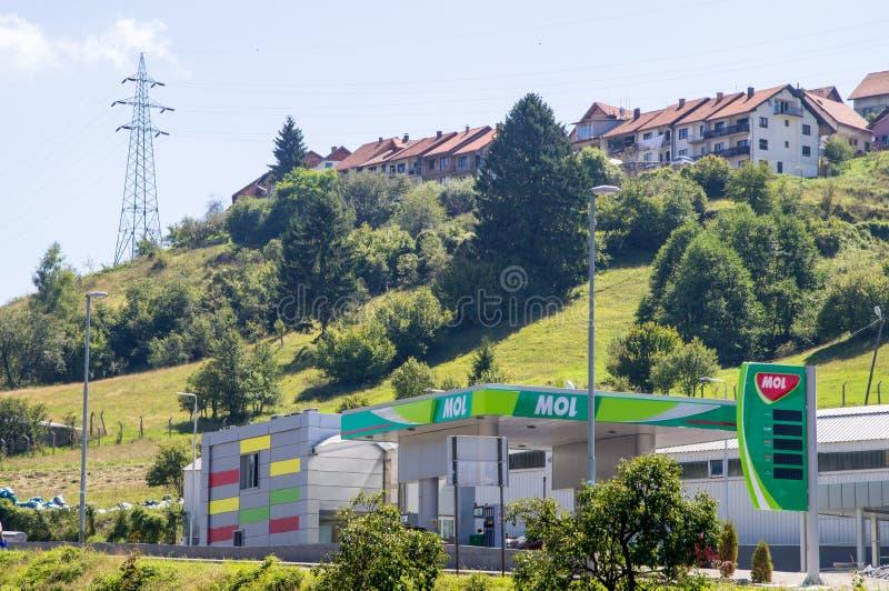 Βενζινάδικο στη Nova Varos πόλεων στη δυτική Σερβία στοκ εικόνα με δικαίωμα ελεύθερης χρήσης