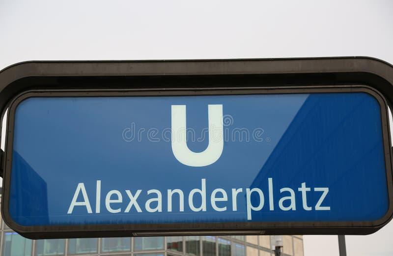 Βερολίνο, Γερμανία - 17 Αυγούστου 2017: σημάδι του Alexanderplatz SU στοκ φωτογραφία