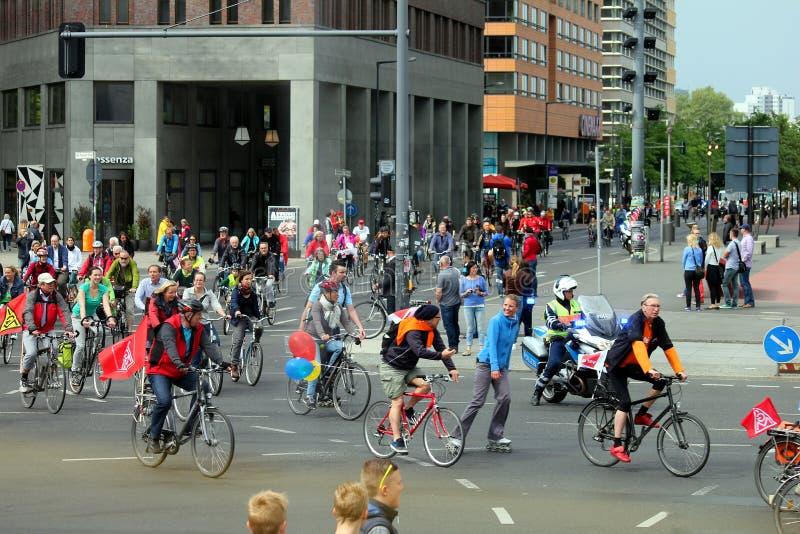 Βερολίνο, Γερμανία - 14 Μαΐου 2014: λιτανεία διαδηλωτών στοκ φωτογραφία