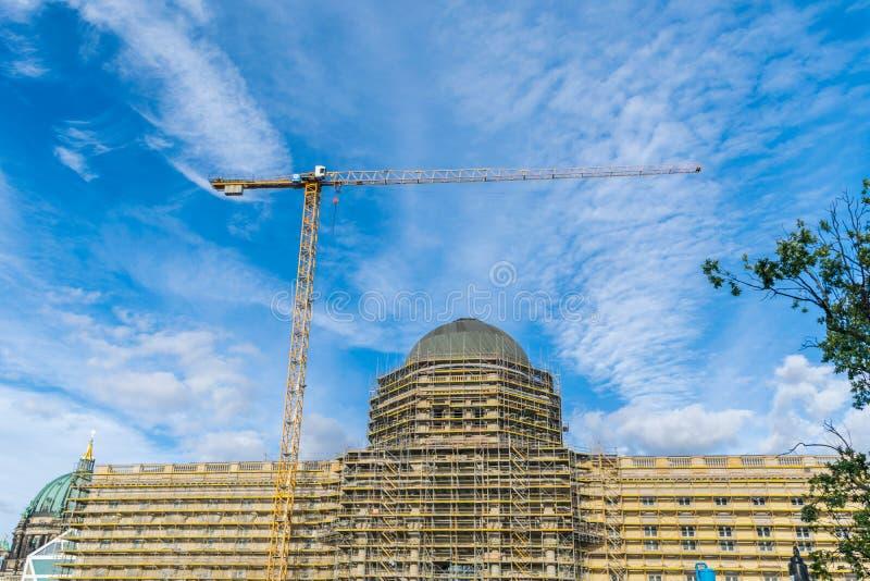 ΒΕΡΟΛΙΝΟ, ΓΕΡΜΑΝΙΑ - 28 Ιουλίου 2018: Μεταρρύθμιση και restaurationg του παλαιού από το Βερολίνο Stadtschloss, και παλαιό παλάτι στοκ φωτογραφία