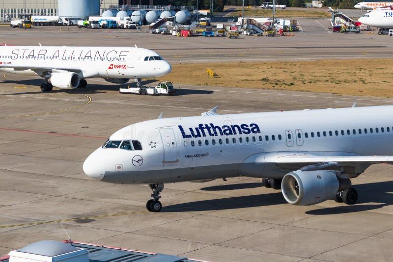 ΒΕΡΟΛΙΝΟ, ΓΕΡΜΑΝΙΑ 7 Σεπτεμβρίου 2018: Συμμαχία α της Lufthansa και αστεριών στοκ εικόνες