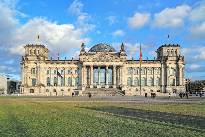 Βερολίνο που χτίζει τη Γερμανία reichstag στοκ εικόνα με δικαίωμα ελεύθερης χρήσης