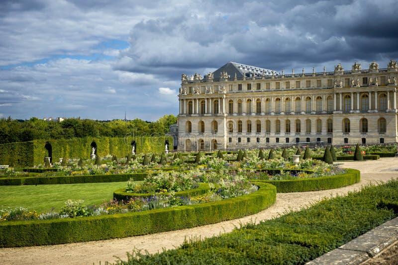 ΒΕΡΣΑΛΛΙΕΣ, ΓΑΛΛΙΑ η Royal Palace και κήπος στις Βερσαλλίες στοκ εικόνα με δικαίωμα ελεύθερης χρήσης