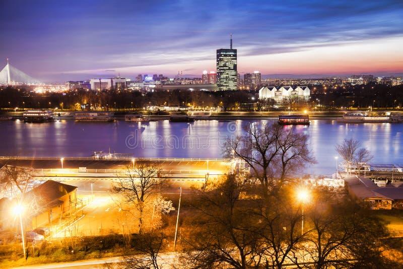 Βελιγράδι το βράδυ, Σερβία στοκ εικόνες