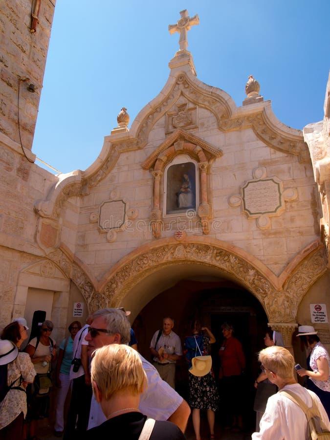 ΒΗΘΛΕΕΜ, ΙΣΡΑΗΛ - 12 ΙΟΥΛΊΟΥ 2015: Η πρόσοψη της σπηλιάς του παρεκκλησιού Grotto γάλακτος στοκ φωτογραφίες με δικαίωμα ελεύθερης χρήσης