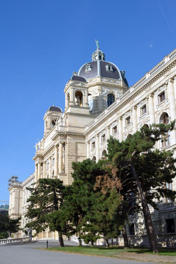 Βιέννη, Αυστρία, Σεπτέμβριος 2019 Το διάσημο Μουσείο Φυσικής Ιστορίας στην πλατεία Μαρία Τερέζα στοκ φωτογραφίες
