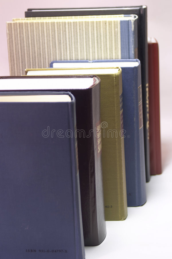 Download βιβλία στοκ εικόνα. εικόνα από επιχειρηματίας, διαβάστε - 384497