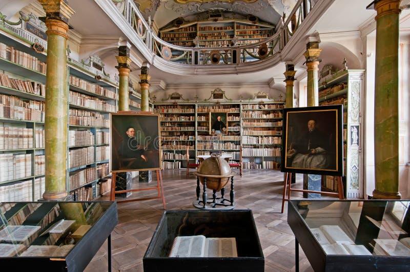 βιβλιοθήκη παλαιά στοκ φωτογραφίες με δικαίωμα ελεύθερης χρήσης