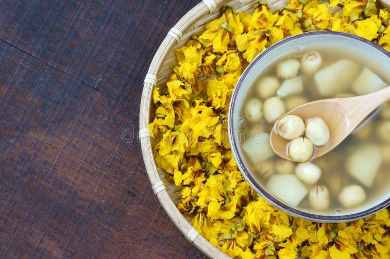 Βιετναμέζικα τρόφιμα, γλυκό gruel σπόρου λωτού στοκ εικόνα με δικαίωμα ελεύθερης χρήσης
