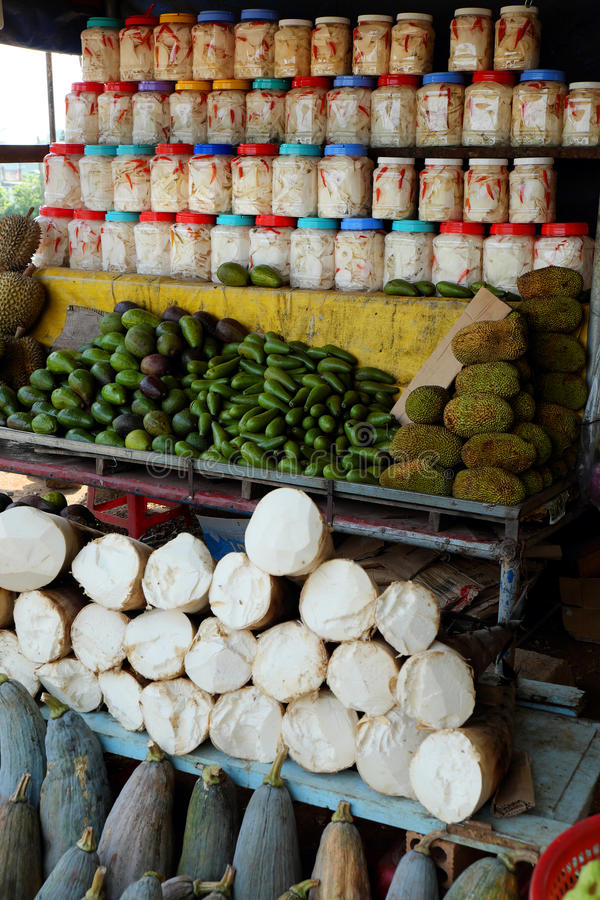 Βιετναμέζικο κατάστημα τροφίμων, υπαίθρια αγορά αγροτών στοκ φωτογραφία με δικαίωμα ελεύθερης χρήσης