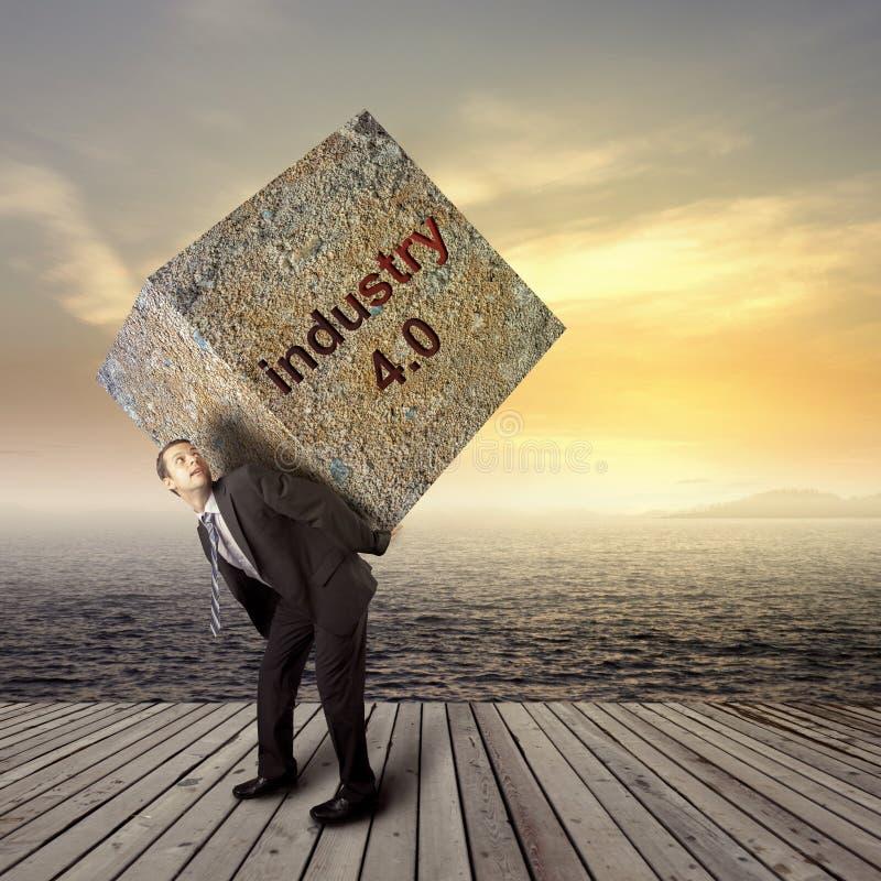βιομηχανία 4 έννοια 0, άτομο και βαρύ υπόβαθρο πετρών στοκ φωτογραφία με δικαίωμα ελεύθερης χρήσης