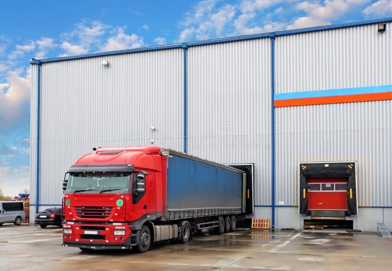 Βιομηχανία φορτίου μεταφορών στοκ φωτογραφίες με δικαίωμα ελεύθερης χρήσης