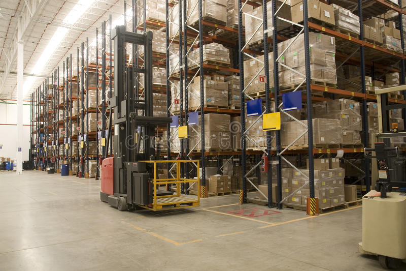 βιομηχανική αποθήκη εμπορευμάτων στοκ εικόνα