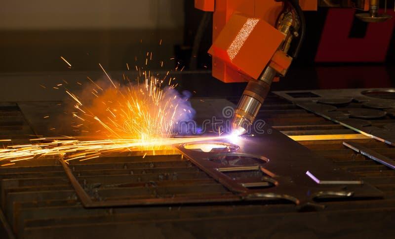 Βιομηχανική τέμνουσα μηχανή πλάσματος στοκ φωτογραφία με δικαίωμα ελεύθερης χρήσης