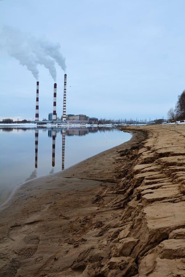 βιομηχανικός καπνός καπν&omicro στοκ φωτογραφίες