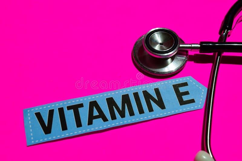 Βιταμίνη Ε σε χαρτί με medicare την έννοια στοκ φωτογραφία με δικαίωμα ελεύθερης χρήσης