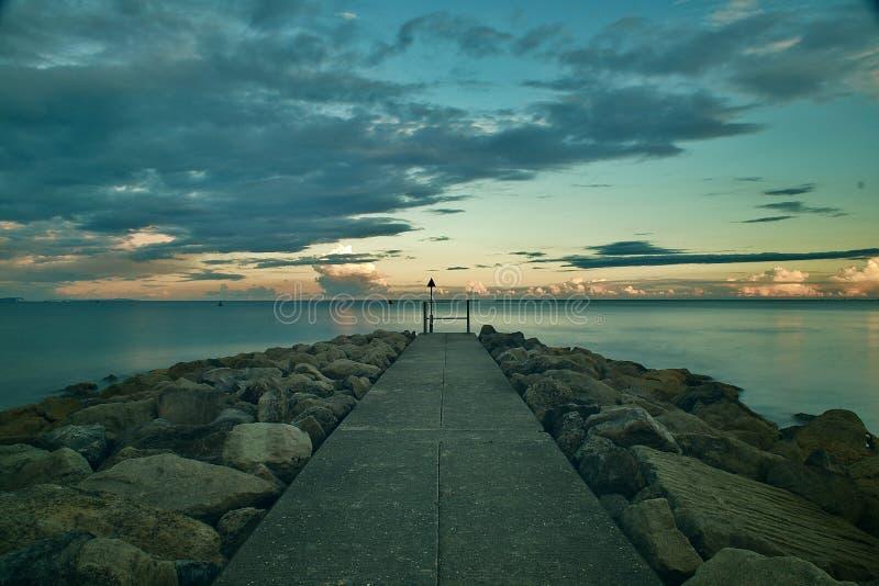 Βλέπω τη θάλασσα στοκ φωτογραφίες με δικαίωμα ελεύθερης χρήσης