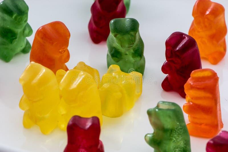 Βλαστός κινηματογραφήσεων σε πρώτο πλάνο των gummy αρκούδων στοκ εικόνα