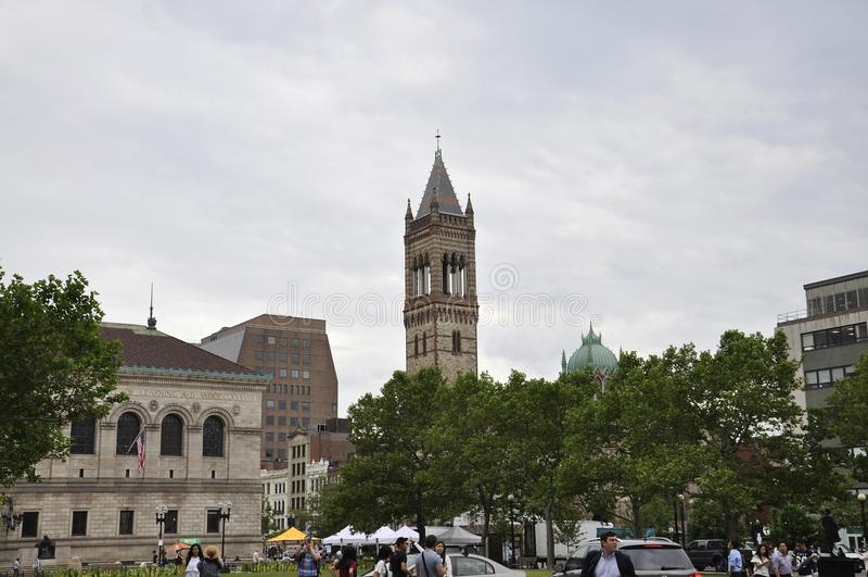 Βοστώνη μΑ, στις 30 Ιουνίου: Τετράγωνο και κτήρια Copley γύρω στη στο κέντρο της πόλης Βοστώνη στο κράτος Massachusettes των ΗΠΑ στοκ φωτογραφία