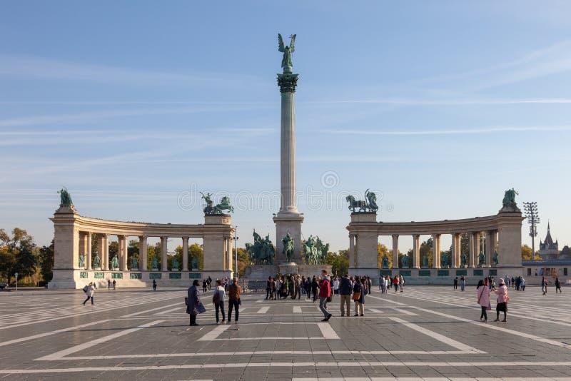 Βουδαπέστη Ουγγαρία Όμορφη άποψη του τετραγώνου ηρώων στοκ φωτογραφία με δικαίωμα ελεύθερης χρήσης