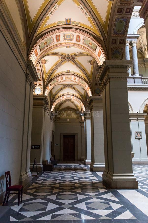 ΒΟΥΔΑΠΕΣΤΗ, ΟΥΓΓΑΡΙΑ - 3 ΑΠΡΙΛΊΟΥ 2019: Εσωτερικό του μουσείου Καλών Τεχνών στη Βουδαπέστη, Ουγγαρία στοκ εικόνες με δικαίωμα ελεύθερης χρήσης