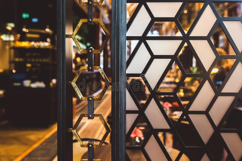 ΒΟΥΔΑΠΕΣΤΗ, ΟΥΓΓΑΡΙΑ - 18 ΙΟΥΝΊΟΥ 2019: Εσωτερικό του ξενοδοχείου Parisi Udvar στην περιοχή Β στη Βουδαπέστη, Ουγγαρία στοκ εικόνες με δικαίωμα ελεύθερης χρήσης