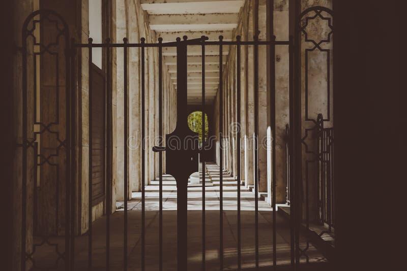 ΒΟΥΔΑΠΕΣΤΗ, ΟΥΓΓΑΡΙΑ 30 Μαρτίου 2017, λεπτομέρειες αρχιτεκτονικής της συναγωγής της Βουδαπέστης, συναγωγή Dohany στη Βουδαπέστη,  στοκ εικόνες με δικαίωμα ελεύθερης χρήσης