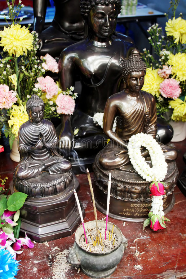 βουδιστικά αγάλματα Ταϊ&lambd Στοκ Φωτογραφίες
