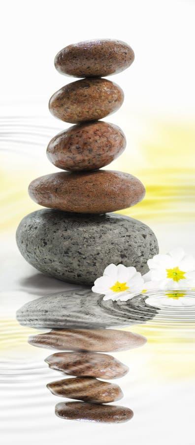 βουδιστικές πέτρες zen στοκ εικόνες