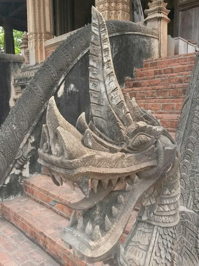 Βουδιστική τέχνη δράκων, Λάος, Vientiane, Νοτιοανατολική Ασία στοκ φωτογραφία