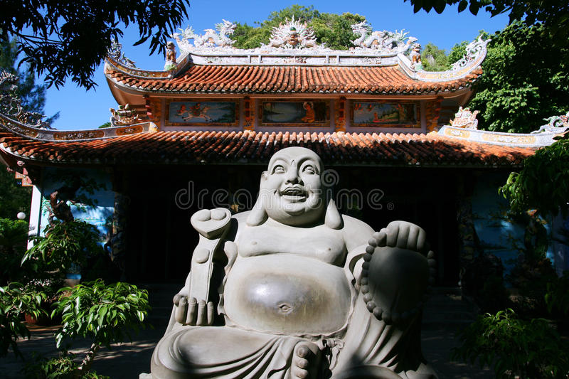 Download βουδιστικός ναός στοκ εικόνα. εικόνα από συνεδρίαση, μνημείο - 13176723