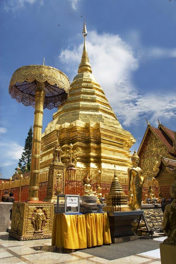 βουδιστικός ναός doi suthep στοκ φωτογραφία