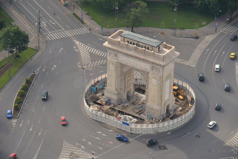 Βουκουρέστι, Ρουμανία, στις 15 Μαΐου 2016: Εναέρια άποψη της αψίδας του θριάμβου στοκ φωτογραφία