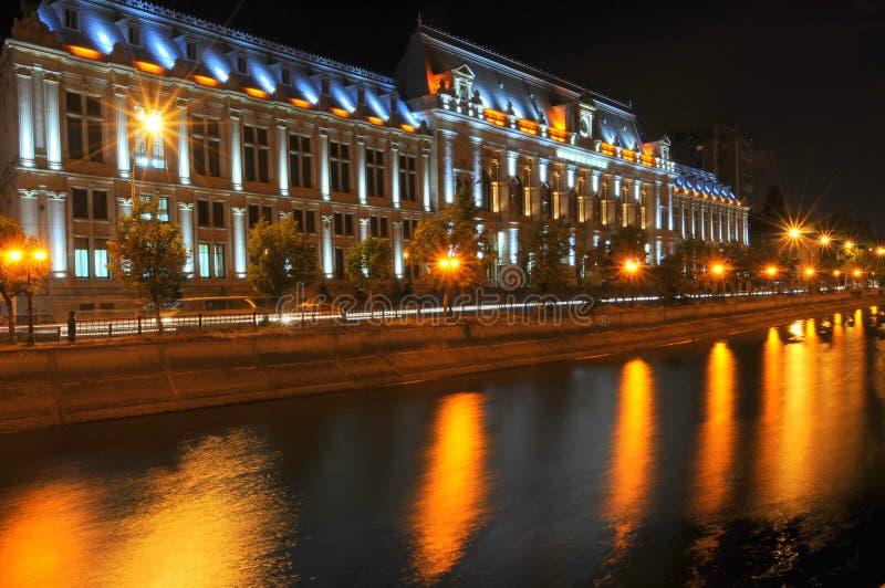 Βουκουρέστι τή νύχτα στοκ φωτογραφία