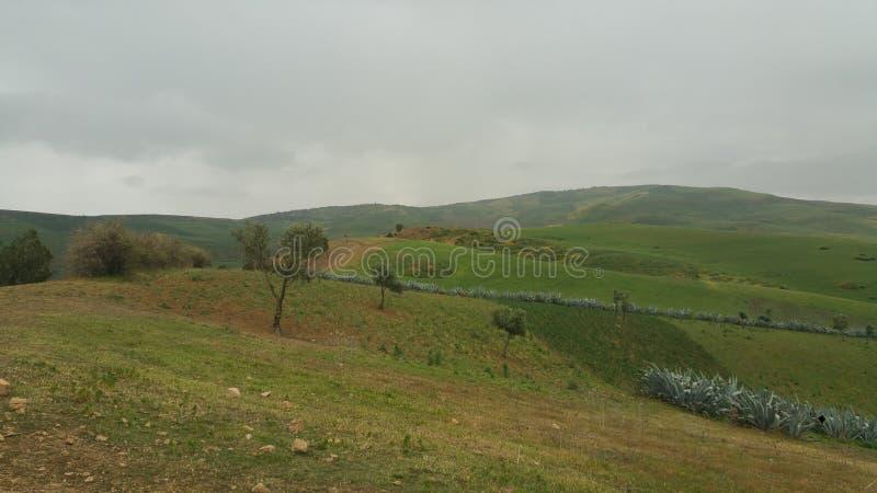 Βουνά και πόλης περιοχή fes, Μαρόκο στοκ εικόνες