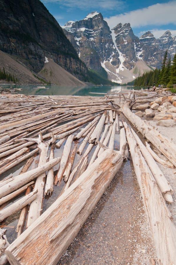 βουνά κούτσουρων αποκο στοκ φωτογραφίες