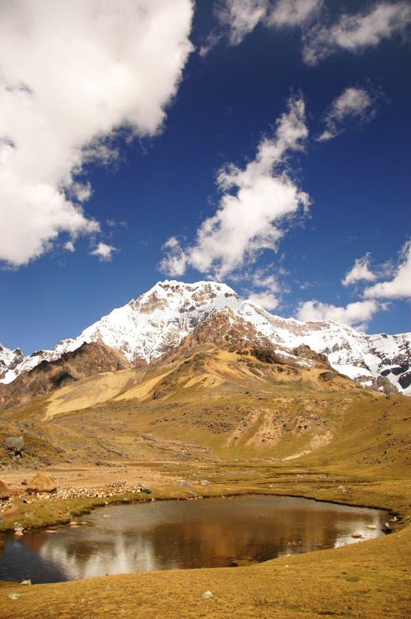 βουνά λιμνών στοκ φωτογραφίες