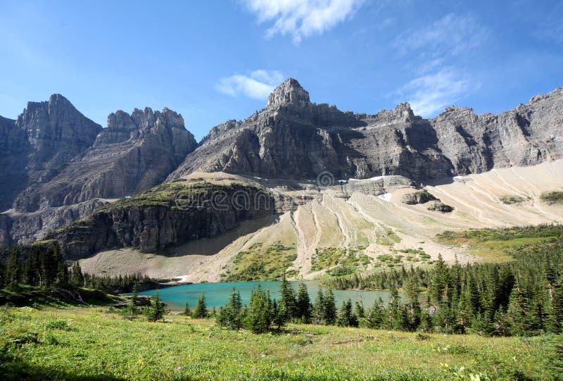 βουνά ν π λιμνών παγετώνων στοκ εικόνα