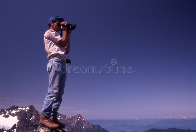 Download βουνά οδοιπόρων που δένο&up Εκδοτική Στοκ Εικόνες - εικόνα από καλοκαίρι, camera: 396003
