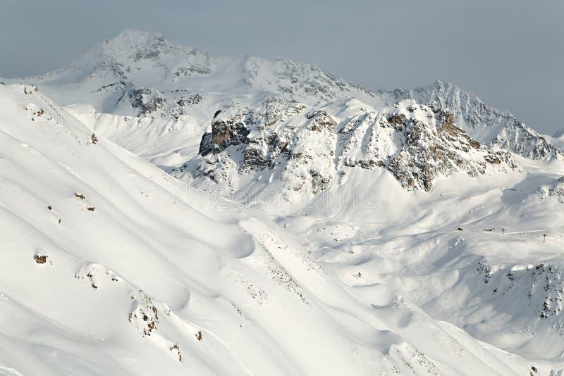 Βουνά στις Άλπεις στοκ εικόνα με δικαίωμα ελεύθερης χρήσης