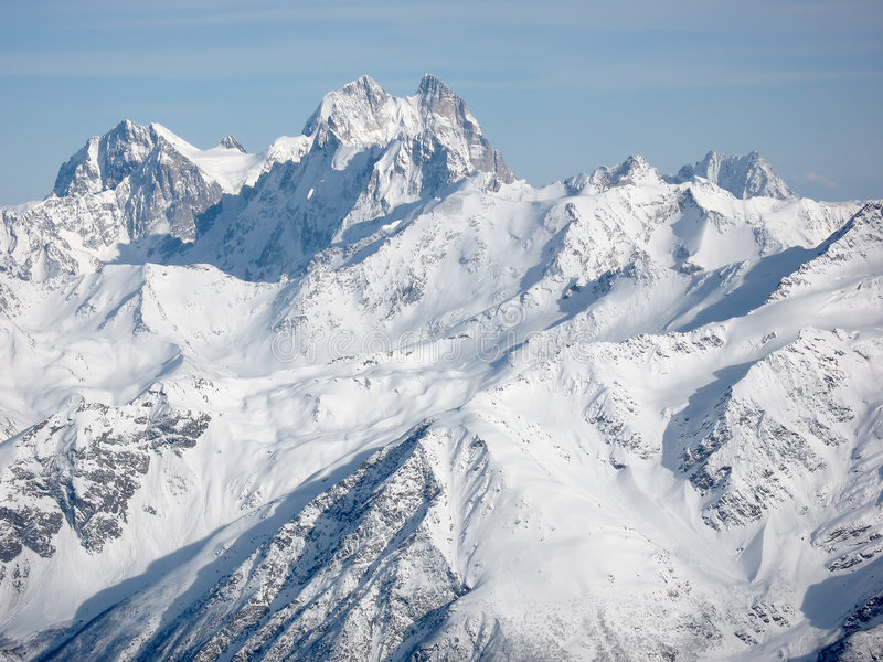 βουνά τοπίων Καύκασου στοκ φωτογραφία με δικαίωμα ελεύθερης χρήσης