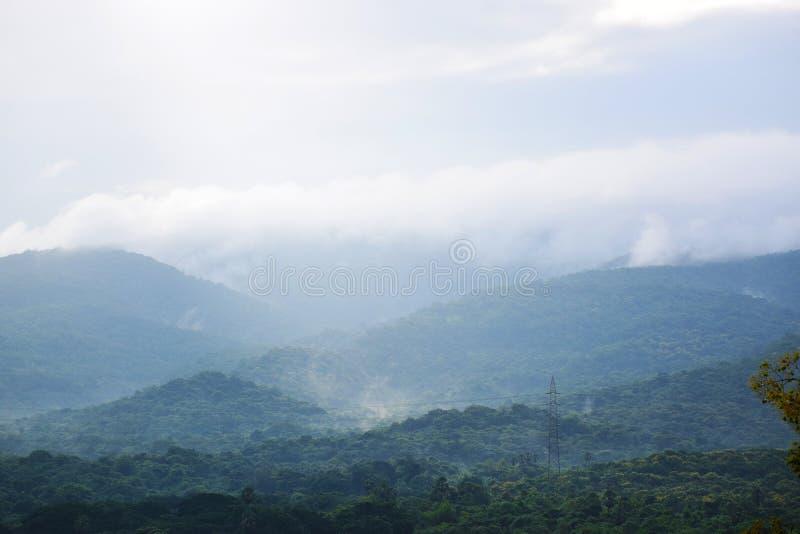 Βουνά του εθνικού πάρκου σε Mumbai στοκ εικόνα με δικαίωμα ελεύθερης χρήσης