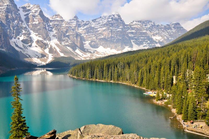βουνά moraine λιμνών του Καναδά &delta στοκ φωτογραφίες με δικαίωμα ελεύθερης χρήσης