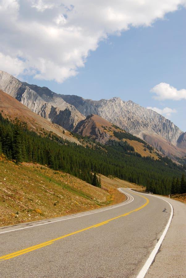 βουνό εθνικών οδών πτώσης στοκ φωτογραφίες