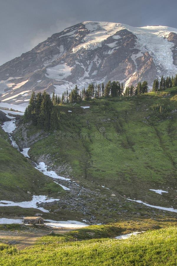 βουνό καμπινών στοκ εικόνες