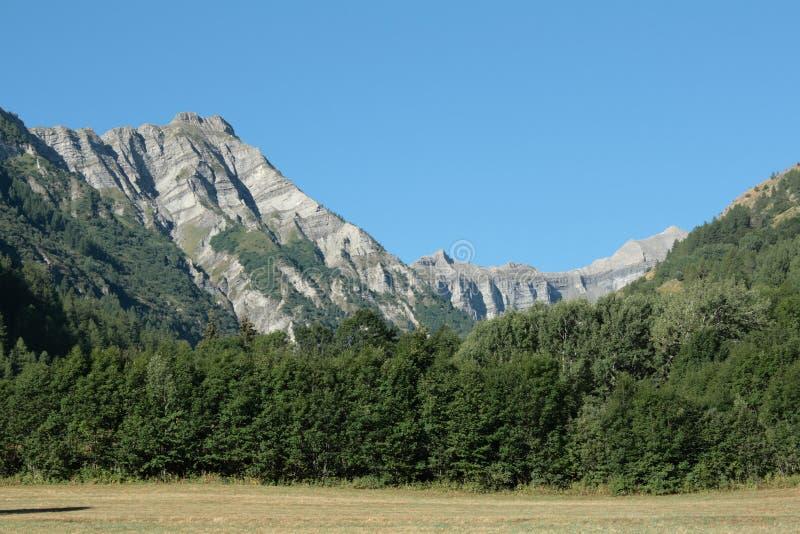 Download βουνό ορών στοκ εικόνα. εικόνα από γεωλογία, ευρώπη, προβηγκία - 13176797